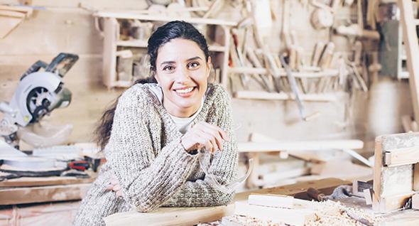 Crece con tu negocio junto al programa Mujer Exporta