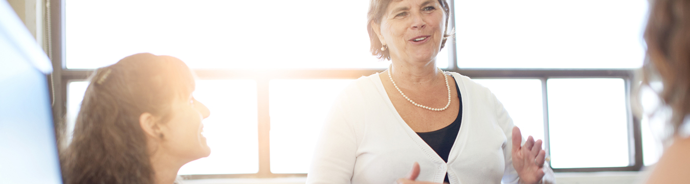 Programa entrega $10 millones a emprendimientos femeninos