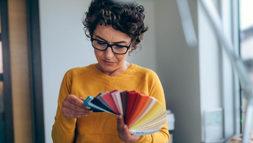 Conoce el color del año 2020 y aplícalo en tu negocio