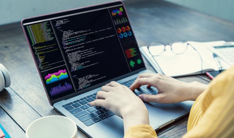¿Qué son los Diccionarios en Python y para qué sirven?