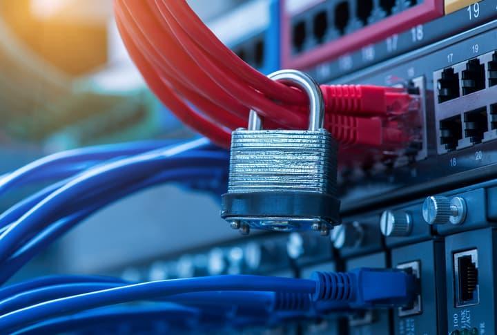 Ciberseguridad: ¿Qué es un firewall y cómo protege la red de una empresa?